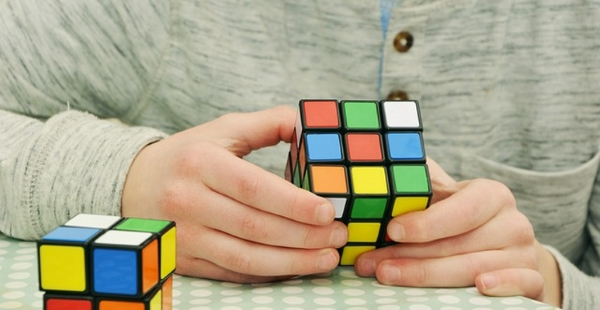 How-solving-the-Rubiks-cube-can-enhance-your-thinking